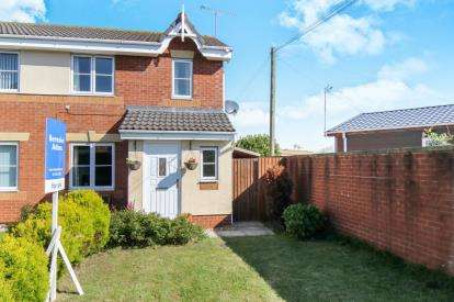 3 Bedrooms Semi Detached House for sale in LLys Bran, Prestatyn, Tower Gardens, Denbighshire, LL19