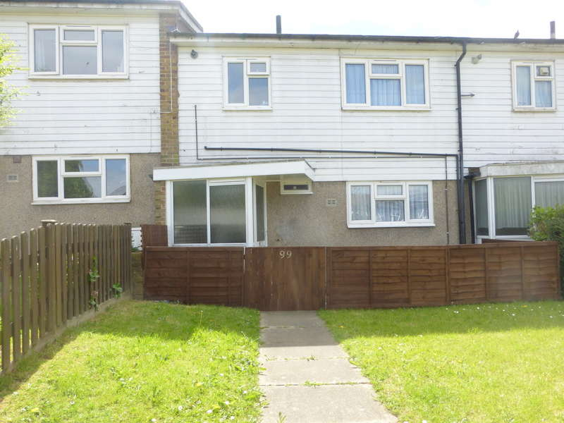 3 Bedrooms Terraced House for sale in Bygrove, New Addington, CR0 9DN