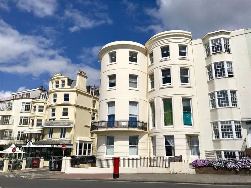 2 Bedrooms Flat for sale in Marine House, 13-14 Marine Parade, Brighton, East Sussex, BN2