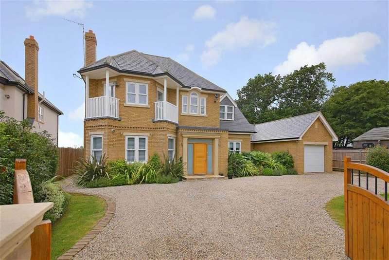 4 Bedrooms Detached House for sale in Poppy Lane, Off The Leys, Radlett, Hertfordshire