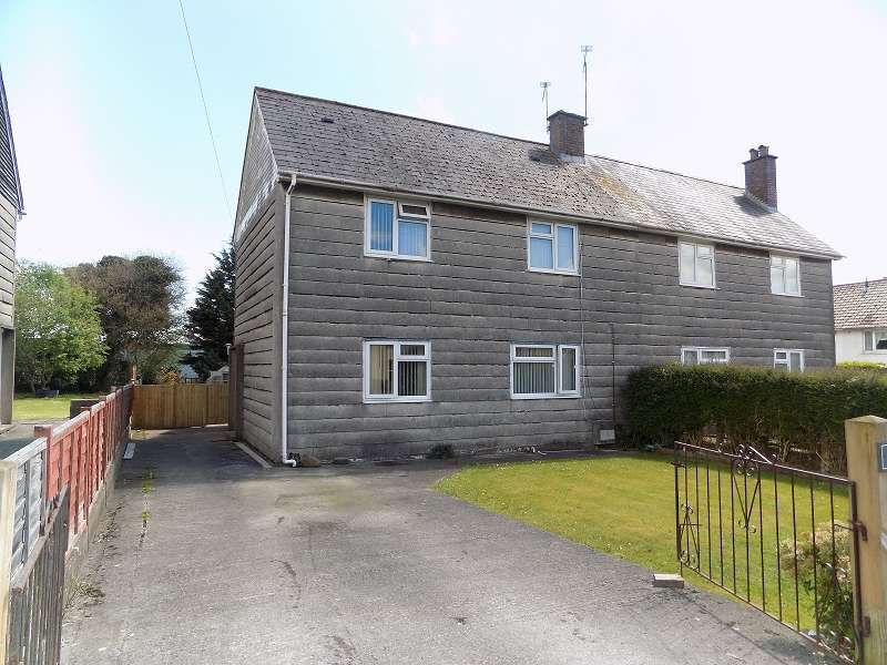 3 Bedrooms Semi Detached House for sale in Heol Tysant, Litchard, Bridgend. CF31 1PB