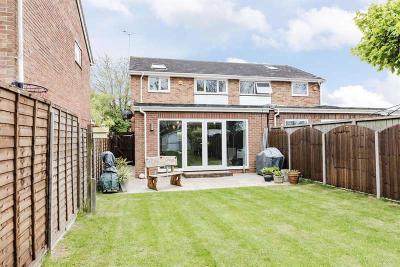 3 Bedrooms Semi Detached House for sale in Coleridge Crescent, Goring-By-Sea, Worthing, BN12 6LT