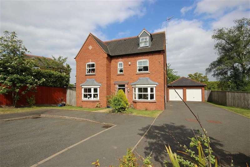 5 Bedrooms Property for sale in Charingworth Drive, Hatton Park, Warwick, CV35