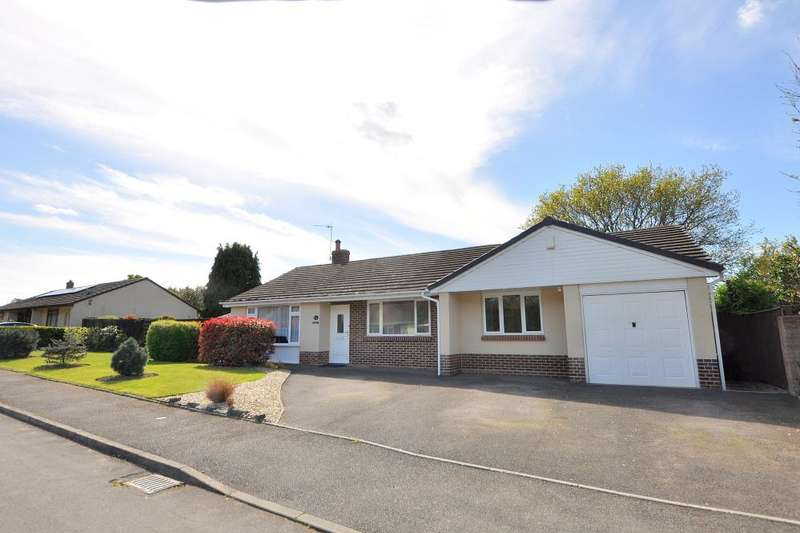 4 Bedrooms Detached Bungalow for sale in Stapehill