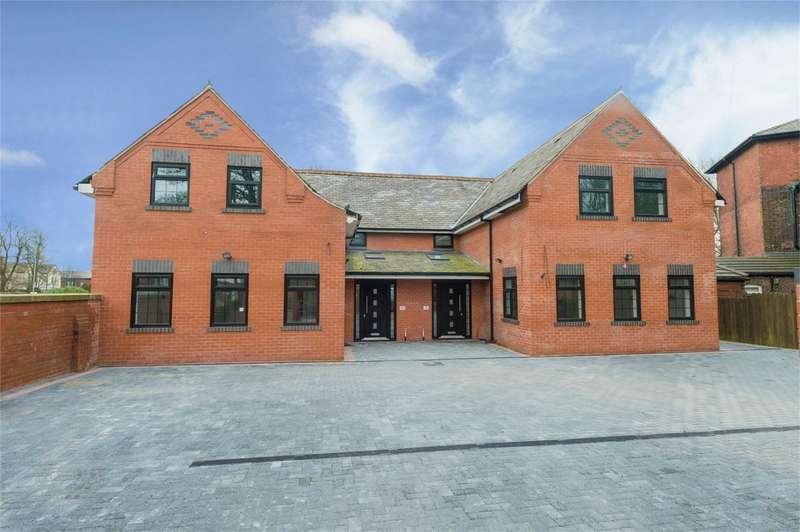 5 Bedrooms Semi Detached House for sale in Laurel Street, Heaton, Bolton, Lancashire