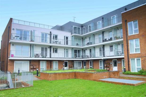 2 Bedrooms Flat for sale in Witcomb Lodge, East Finchley, N2