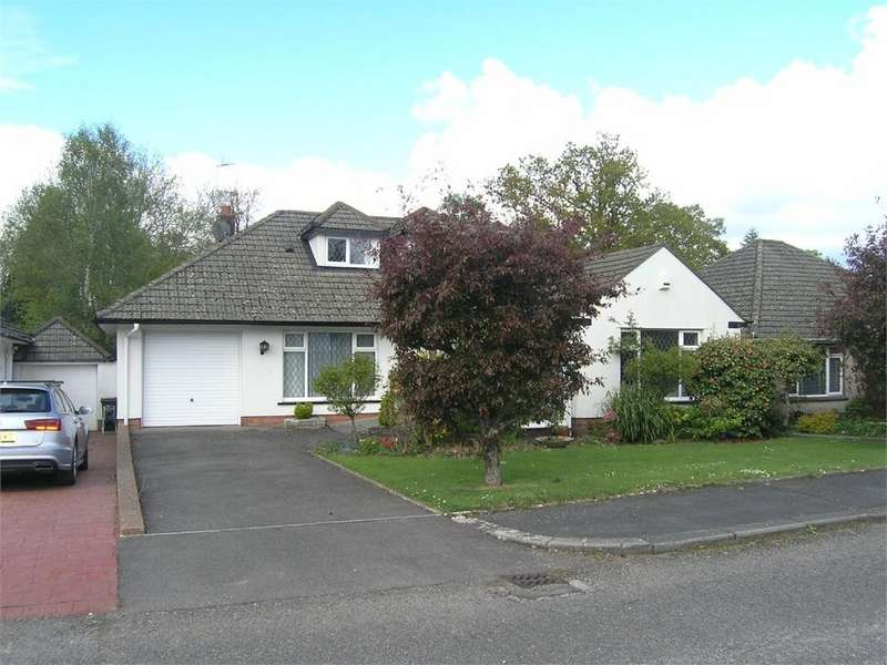 3 Bedrooms Detached House for sale in Cyncoed Rise, Cyncoed, CARDIFF
