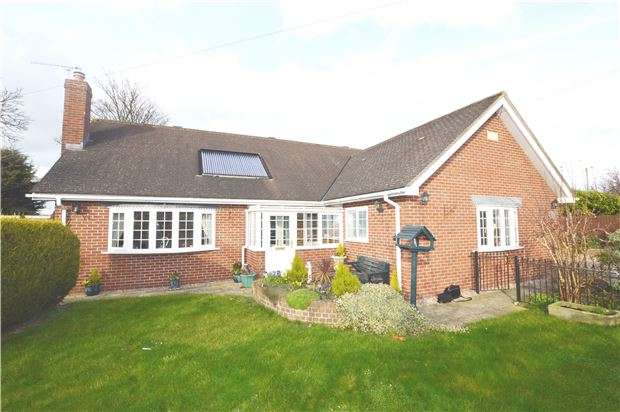 5 Bedrooms Detached House for sale in Tewkesbury Road, Uckington, CHELTENHAM, Gloucestershire, GL51 9SW