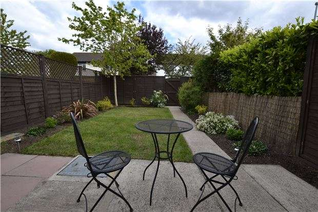 3 Bedrooms Terraced House for sale in Charlton Gardens, BRISTOL, BS10 6LU