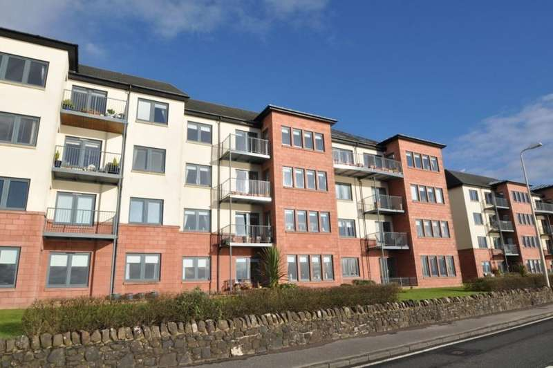 3 Bedrooms Apartment Flat for sale in 18 The Shores, Skelmorlie, PA17 5AZ