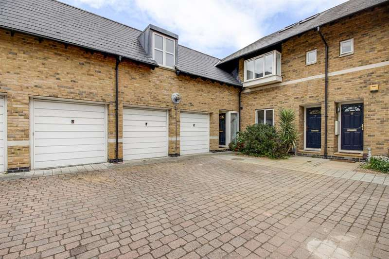 3 Bedrooms Terraced House for sale in Magellan Place, London