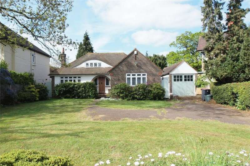 2 Bedrooms Detached Bungalow for sale in Beckenham Road, West Wickham, Kent