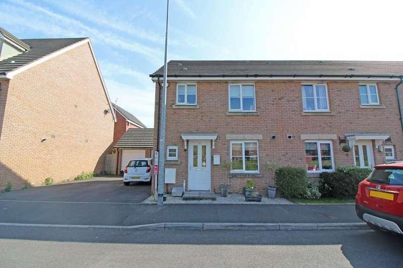 3 Bedrooms Semi Detached House for sale in De Clare Drive, Radyr