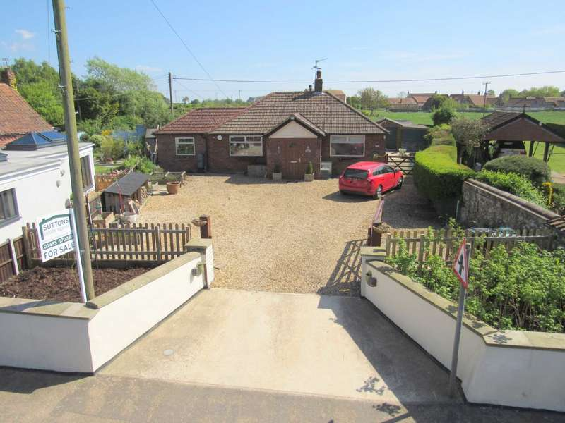 3 Bedrooms Detached Bungalow for sale in Docking Road, Stanhoe