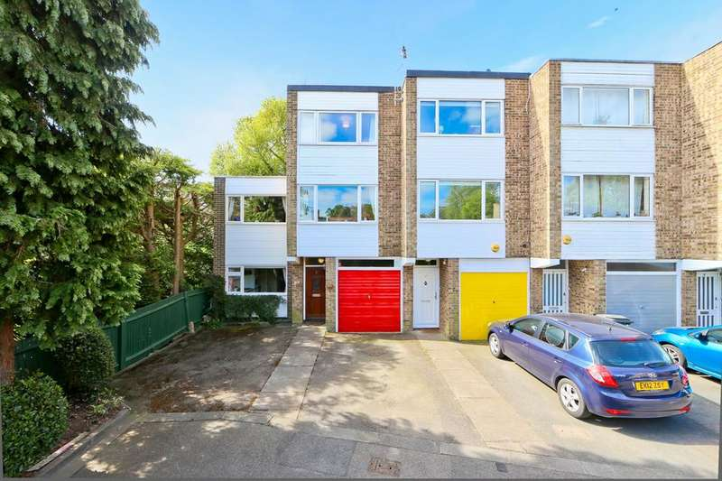 3 Bedrooms House for sale in Lawrie Park Gardens, London SE26