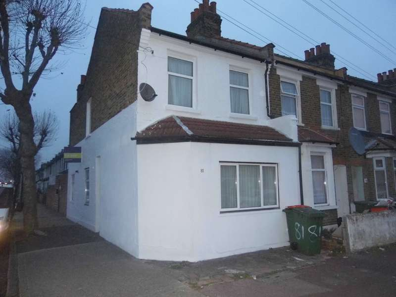 4 Bedrooms Detached House for sale in Market Street, Eastham E6