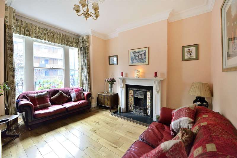 4 Bedrooms Terraced House for sale in Carysfort Road, London, N16