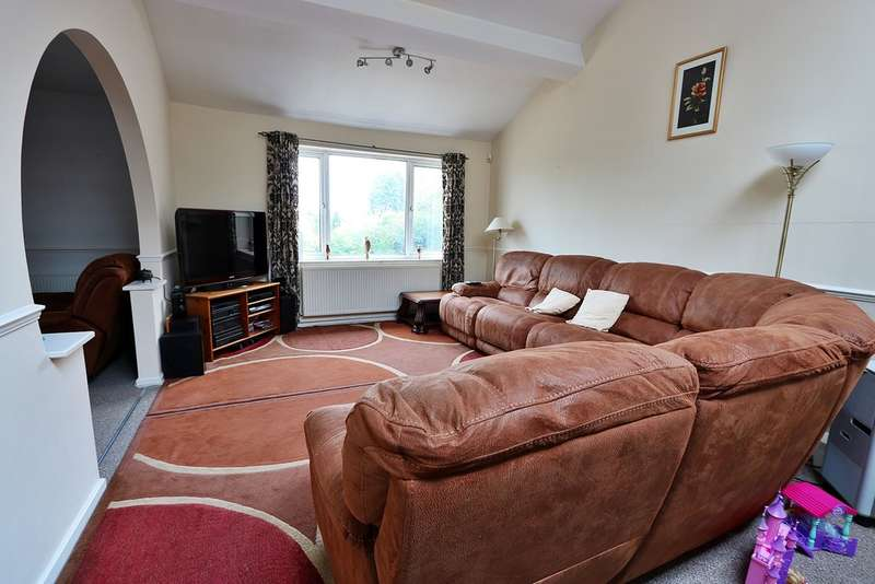 3 Bedrooms Apartment Flat for sale in St Patricks Court, Cyncoed
