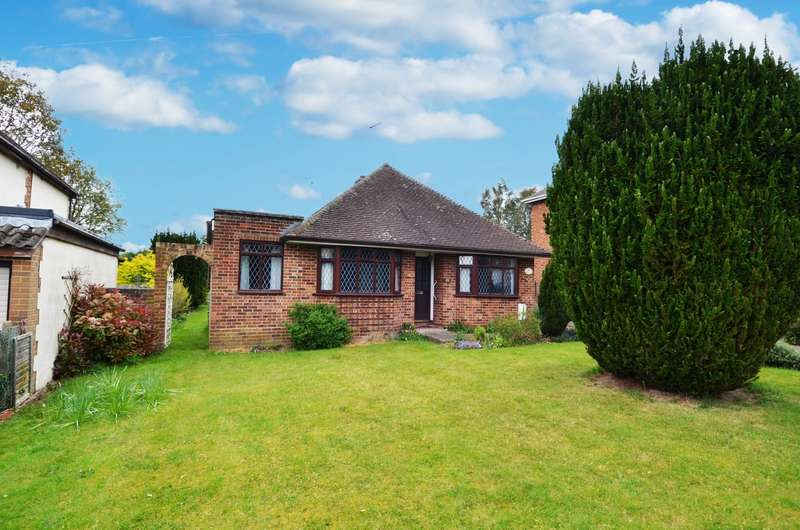 2 Bedrooms Detached Bungalow for sale in Chalklands, Bourne End, SL8