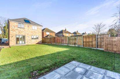 3 Bedrooms Detached House for sale in Arden Road, Copperfields, Worcester, Worcestershire