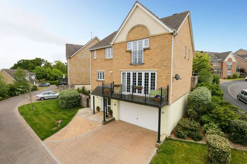 5 Bedrooms Detached House for sale in Victory Close, Newton Abbot