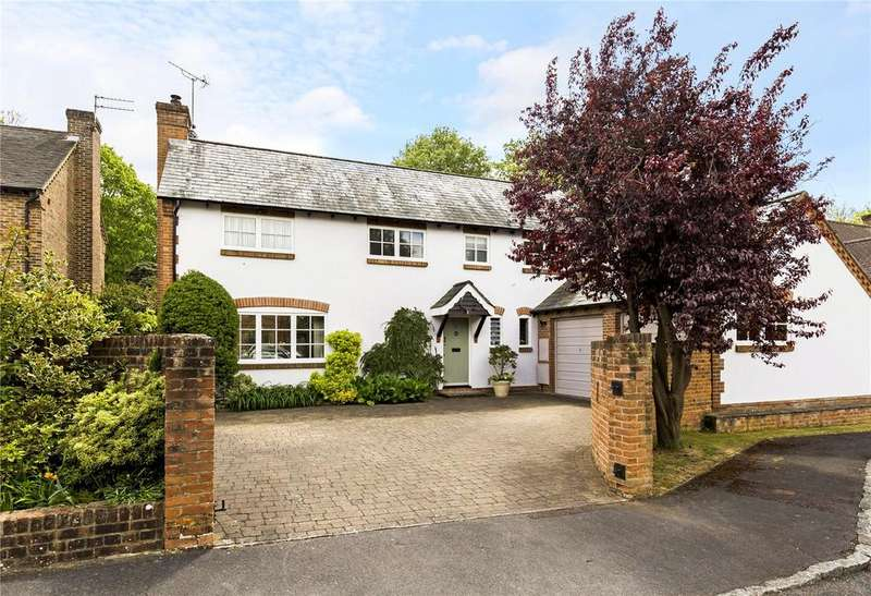 4 Bedrooms Detached House for sale in Keepers Wood, Chichester, West Sussex