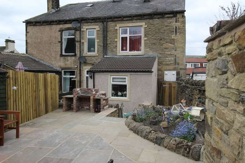 5 Bedrooms Semi Detached House for sale in Thwaites, Keighley, BD21