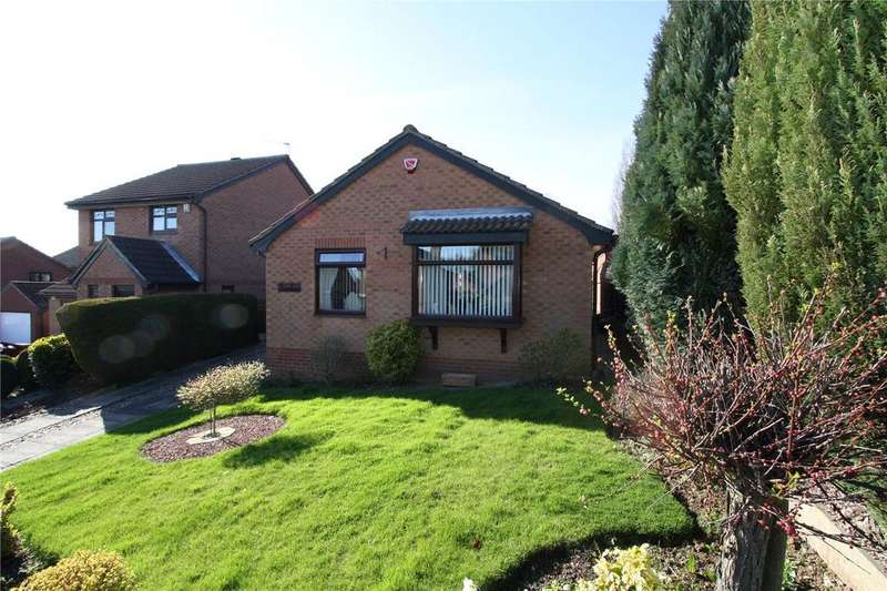 3 Bedrooms Bungalow for sale in Beverley Drive, Kimberley, Nottingham, NG16