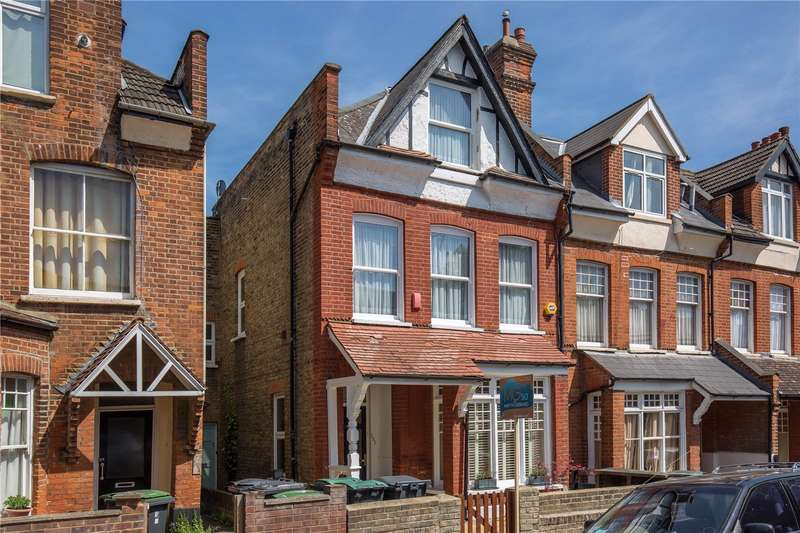 2 Bedrooms Maisonette Flat for sale in Nelson Road, Crouch End, London, N8
