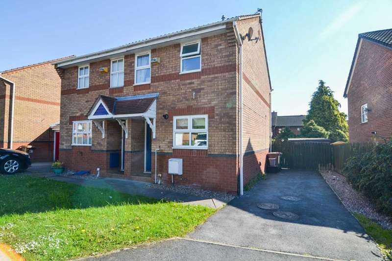 2 Bedrooms Semi Detached House for sale in Whimbrel Avenue, Newton-Le-Willows