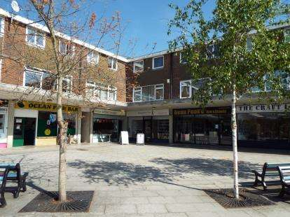 3 Bedrooms Maisonette Flat for sale in Canford Heath, Poole, Dorset