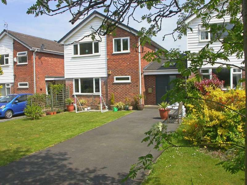 4 Bedrooms Detached House for sale in POYNTON (CHARLECOTE ROAD)