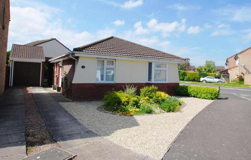 3 Bedrooms Bungalow for sale in Marden Grove, Taunton
