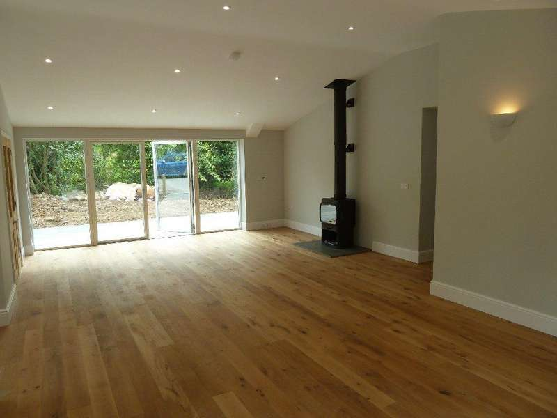 4 Bedrooms Barn Conversion Character Property for rent in Tilton on the Hill