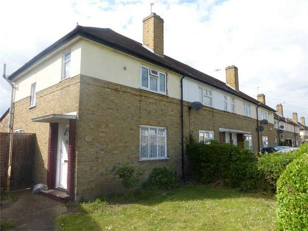 3 Bedrooms End Of Terrace House for sale in Morris Road, Isleworth, Middlesex