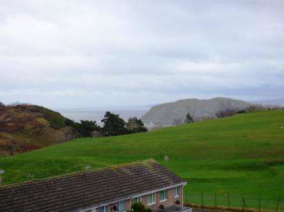 2 Bedrooms Terraced House for sale in Tyn Y Coed Road, Llandudno, Conwy, LL30