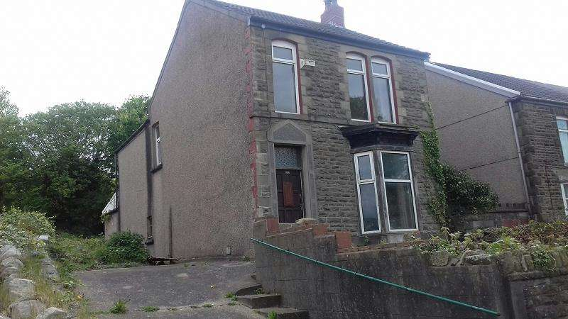 3 Bedrooms Detached House for sale in Peniel Green Road, Llansamlet, Swansea.