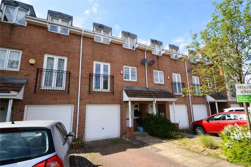 3 Bedrooms House for sale in Old School Place, Croydon