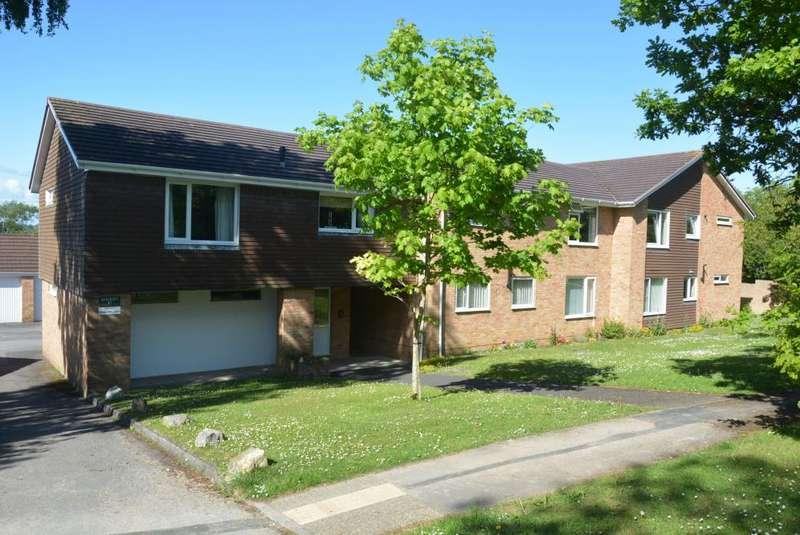 2 Bedrooms Apartment Flat for sale in MERLEY, WIMBORNE