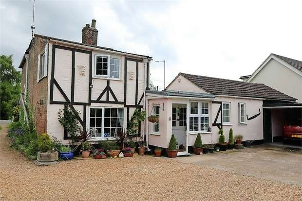 3 Bedrooms Detached House for sale in Main Road, West Winch, King's Lynn, Norfolk