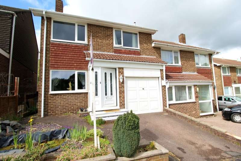 4 Bedrooms Semi Detached House for sale in Estridge Close, Bursledon, Southampton, SO31