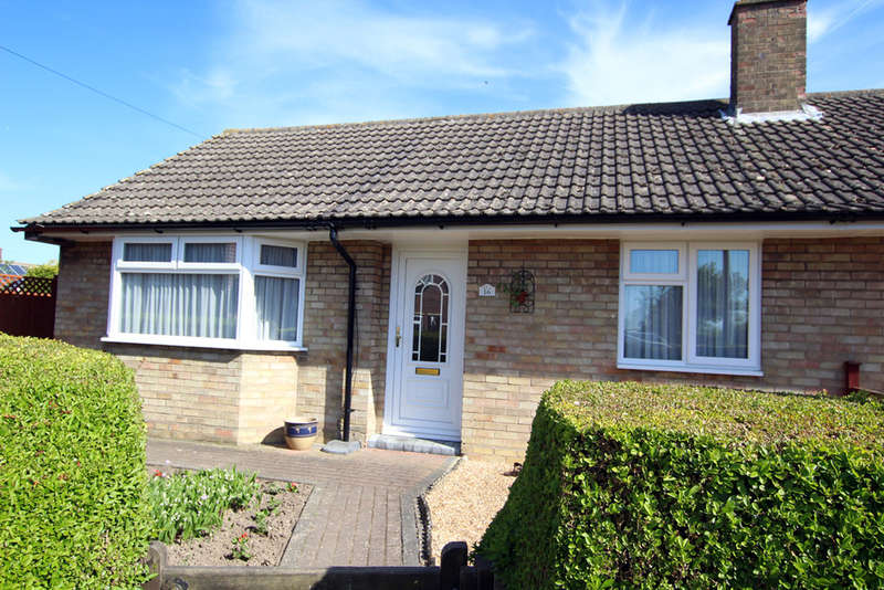 2 Bedrooms Semi Detached Bungalow for sale in Bassingbourn Road, Litlington