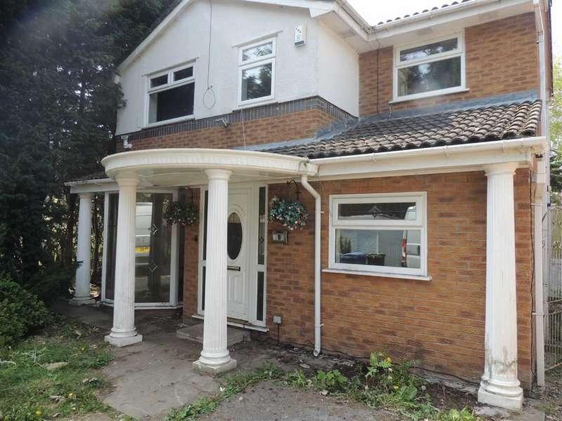 4 Bedrooms Property for sale in Honeysuckle Drive, Stalybridge