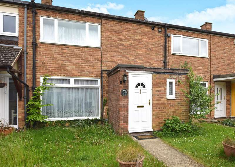 2 Bedrooms Terraced House for sale in Barn Mead, Harlow, CM18