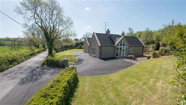 4 Bedrooms Bungalow for sale in 60 Ballydoolagh Road