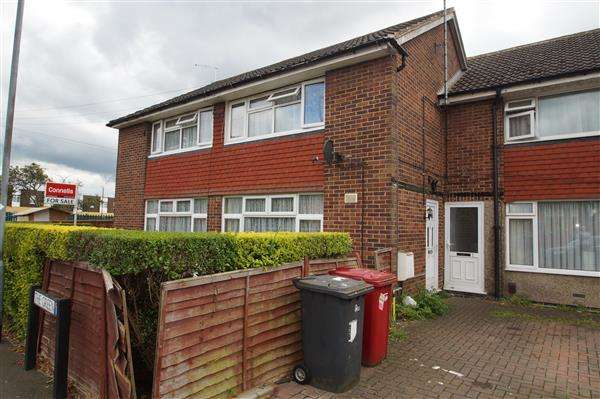 2 Bedrooms Maisonette Flat for sale in The Green, Chalvey, Slough