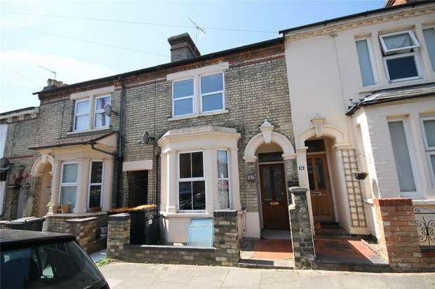 3 Bedrooms Terraced House for sale in Garfield Street, Bedford