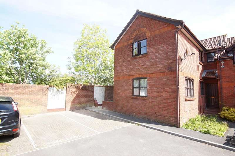 2 Bedrooms Terraced House for sale in Old Farm Gardens, Blandford Forum DT11