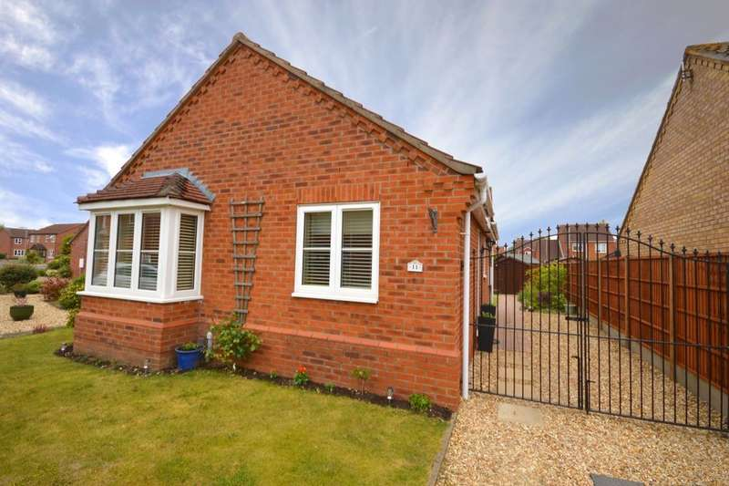 2 Bedrooms Detached Bungalow for sale in Chiltern Way, North Hykeham, Lincoln, LN6