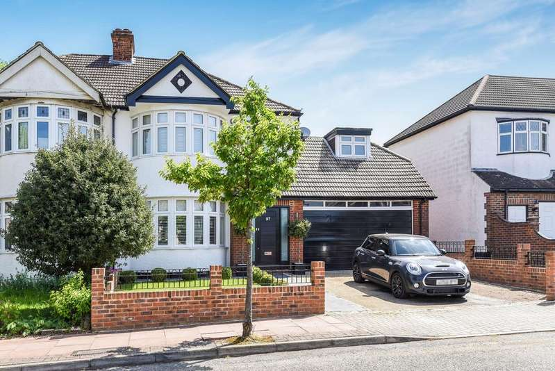 4 Bedrooms Semi Detached House for sale in The Grove West Wickham BR4